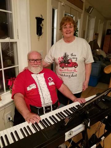 Frank_and_Kathy_ChristmasParty_2018.jpg